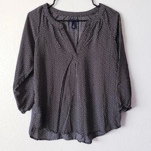 [2/$6] Gap vneck Blouse